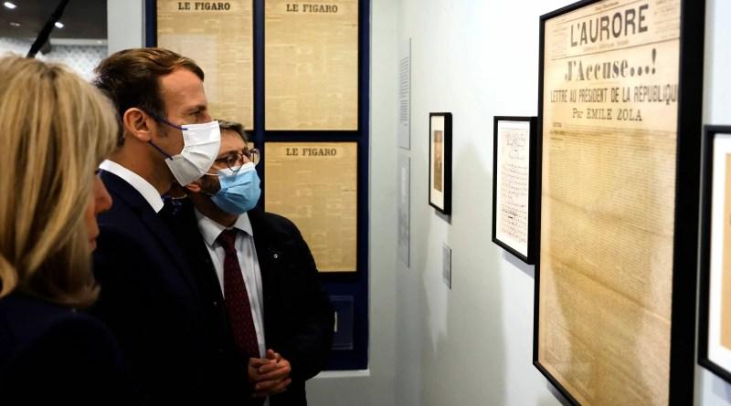 Macron inaugura museu e pede que Dreyfus, vítima de antissemitismo, não seja esquecido – 26/10/2021 – Mundo