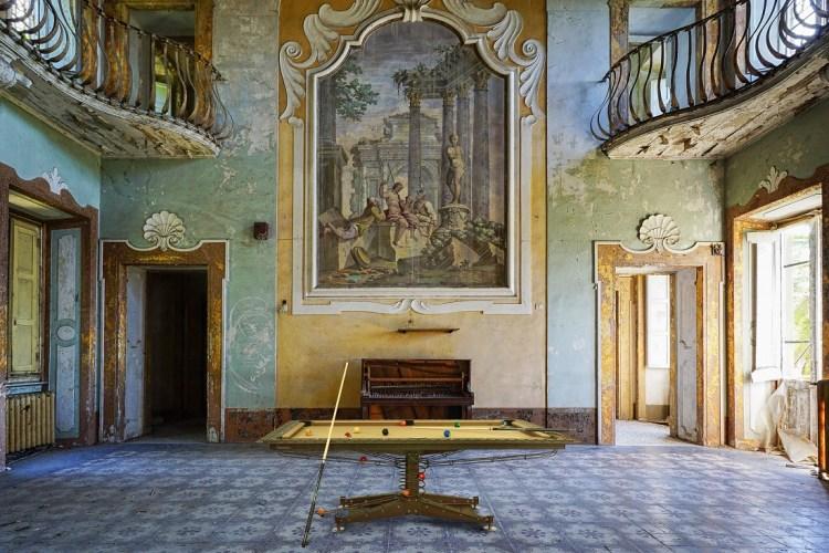 Industrial Modern Billiard table DECOTECH