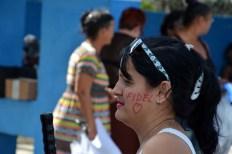 Fidel, se han escrito los holguineros en su piel durante el paso de la caravana que lleva sus restos mortales hasta Santiago de Cuba, el 2 de diciembre de 2016. VDC FOTO/Luis Ernesto Ruiz Martínez.
