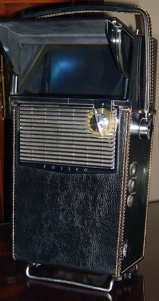 Philco Safari Black photographed May 20, 2010