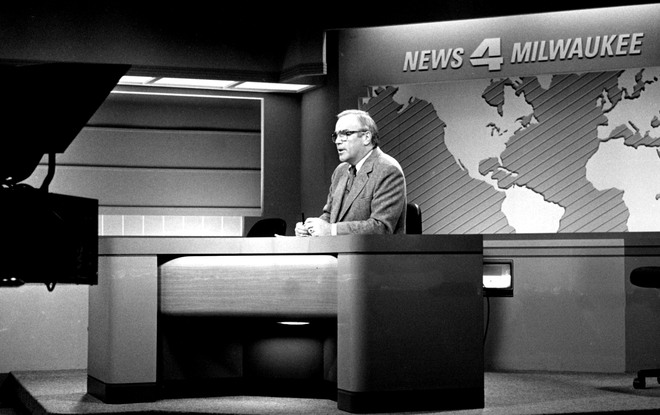 McCullough_OBIT --- WTMJ-TV Anchor, John McCullough retires. 1988 photo