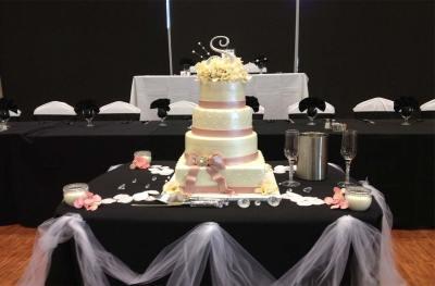 wedding-cake-black