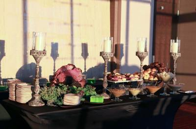 wedding-food-table