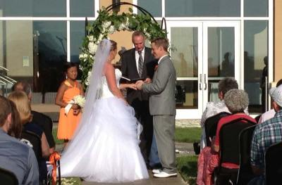wedding-outdoor-rings
