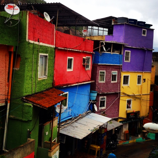 Colour_house_favela