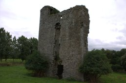 07-monkstown-castle-meath-ireland