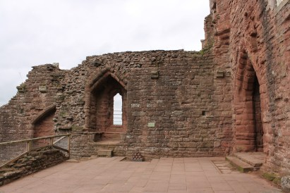 13-goodrich-castle-herefordshire-england