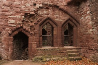 33-goodrich-castle-herefordshire-england