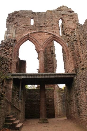 54-goodrich-castle-herefordshire-england
