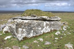 04-parknabinnia-wedge-tomb-clare-ireland