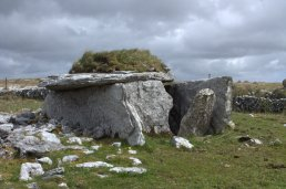 06-parknabinnia-wedge-tomb-clare-ireland