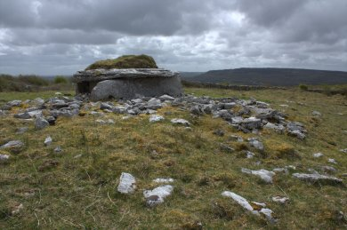 08-parknabinnia-wedge-tomb-clare-ireland