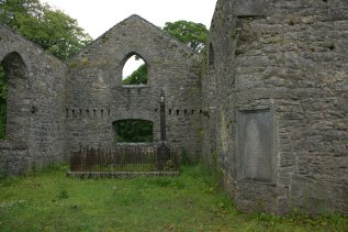 03-old-rc-church-ballinrobe-mayo-ireland