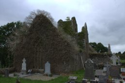 06-ballindoon-priory-sligo-ireland