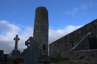 02-aughagower-round-tower-church-mayo-ireland