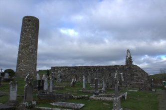 03-aughagower-round-tower-church-mayo-ireland