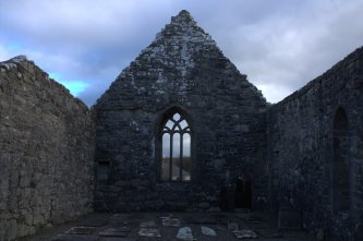 08-aughagower-round-tower-church-mayo-ireland