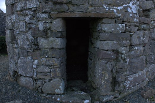 12-aughagower-round-tower-church-mayo-ireland