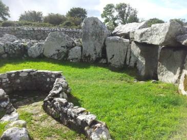 09. Creevykeel Court Tomb