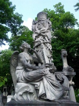 38. Pére Lachaise Cemetery, Paris, France