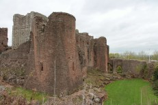 05-goodrich-castle-herefordshire-england