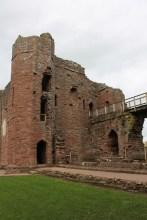 32-goodrich-castle-herefordshire-england