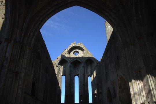 16-rock-of-cashel-tipperary-ireland