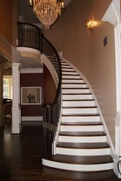 Curved Iron Baluster Staircase 32