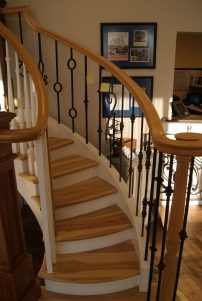 Curved Staircase 11