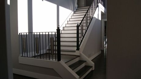 Modern Baluster Straight Staircase 2