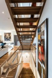 Open Riser Loraine Modern Staircase