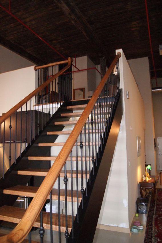 Custom Straight Stair