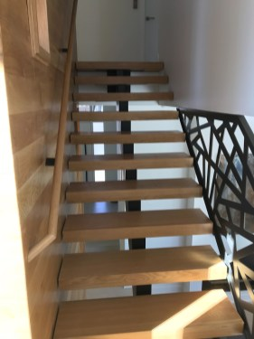 26 - Mono Straight Stair with Square treads