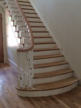 48 - Traditional Flare stair