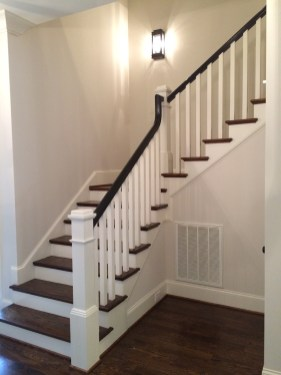 49 - Traditional L Stair with square wood balusters