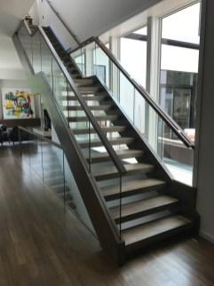 Modern Freestanding Open rise Straight stair 1