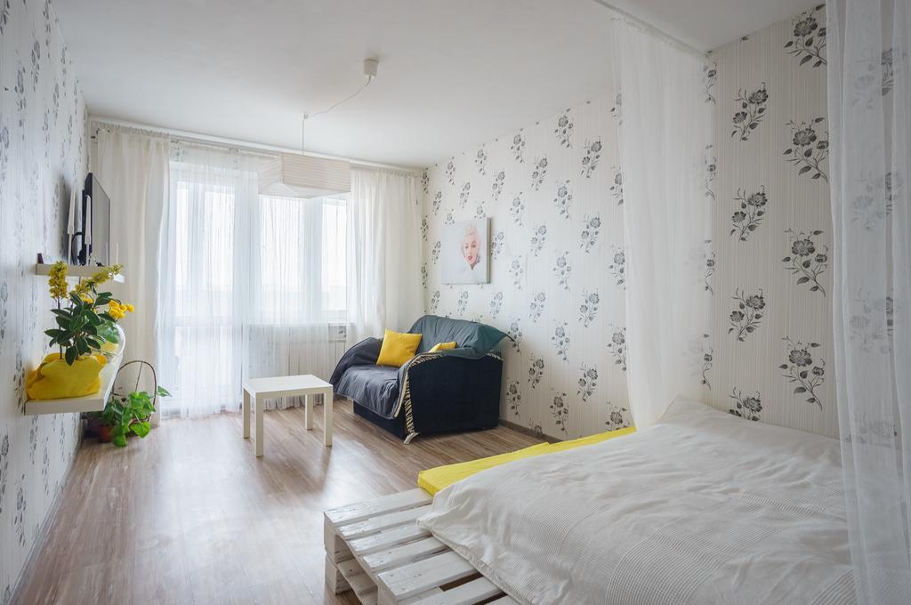 Спальня апартаментов на Кириенко в Минске