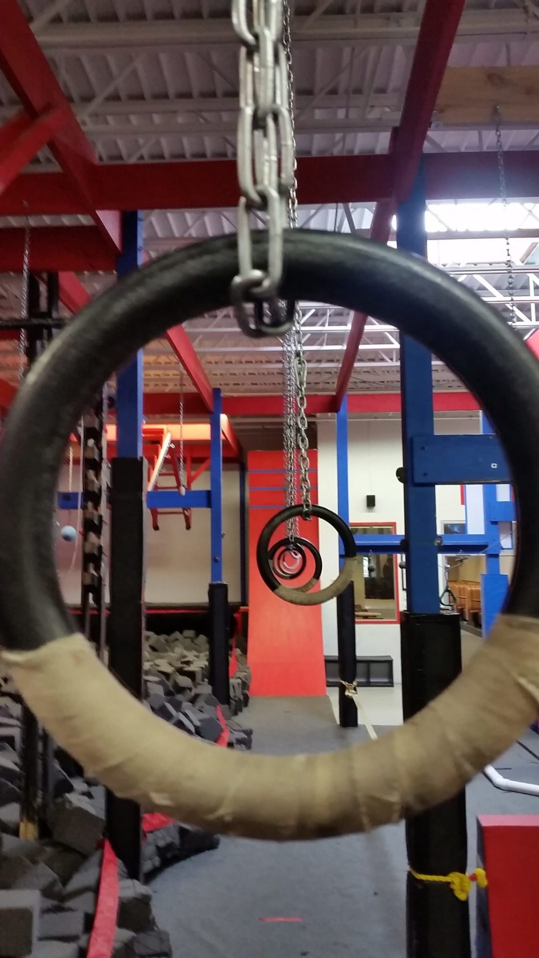 "Vision Through Rings. Image by  <a href=""http://www.conquermn.com/"" target=""_blank"">Conquer Ninja Warrior</a>"
