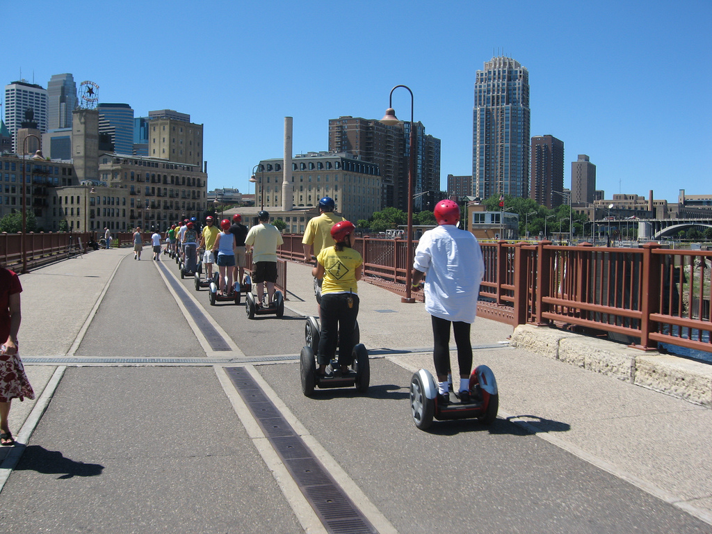 """Segway Tour Photo by  <a href=""""https://flic.kr/p/5b1vnd"""" target=""""_blank"""">analogkid138/flickr</a>"""