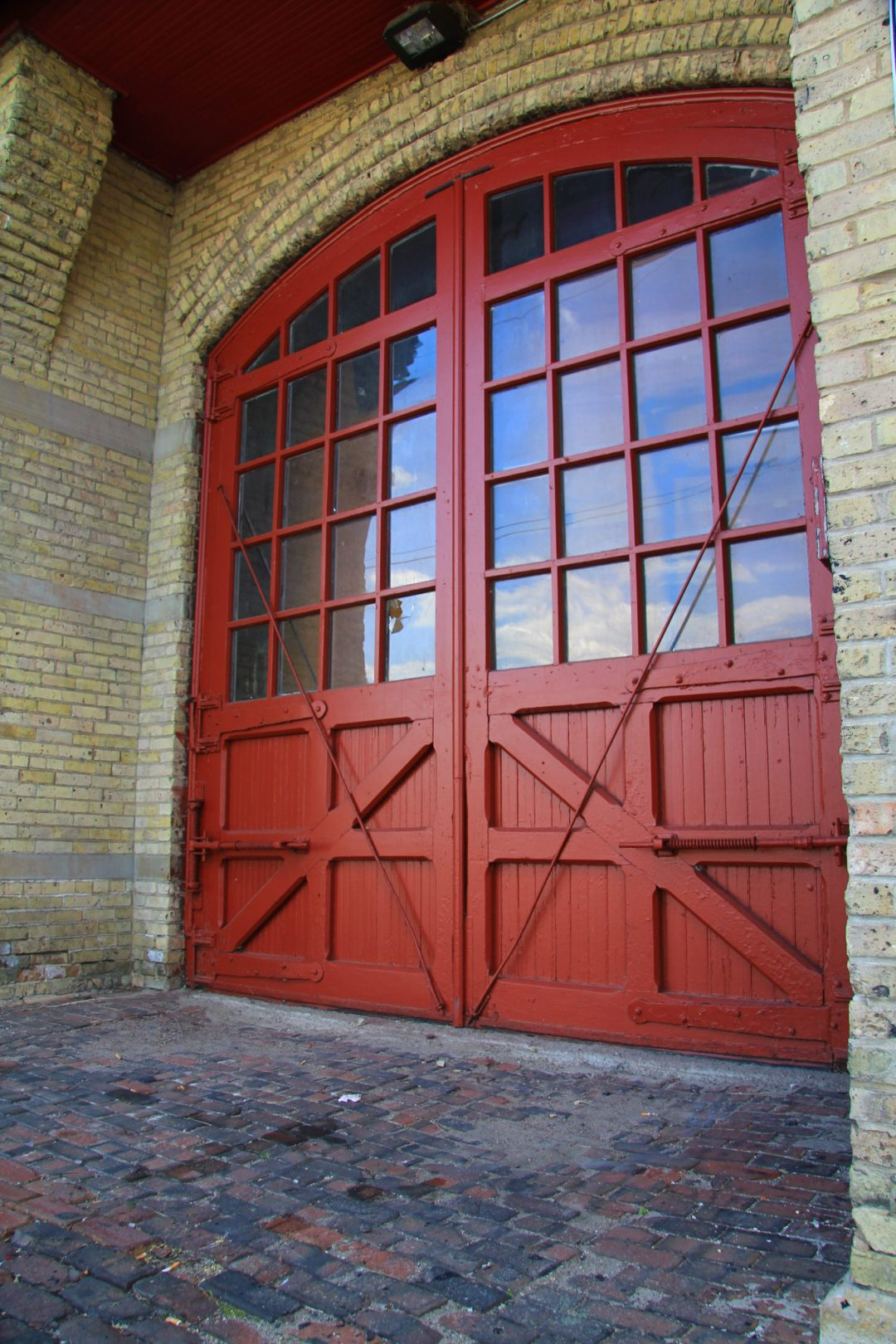 "Entry Doors. Image by Michael Hicks <a href=""https://flic.kr/p/ago1d7"" target=""_blank"">Michael Hicks/flickr</a>"