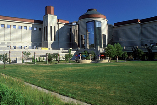 "Minnesota History Center. Image by <a href=""https://flic.kr/p/4FMa2j"" target=""_blank""> Mark Goebel/flickr</a>"