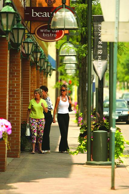"50th & France, Edina. Image by Meet Minneapolis <a href=https://flic.kr/p/4MM8ha target=""_blank""> Meet Minneapolis/flickr</a>"