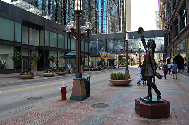 "Nicollet Mall Downtown Minneapolis. Image by jpellgen <a href=https://flic.kr/p/67zGtR target=""_blank""> jpellgen/flickr</a>"