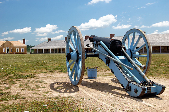"Cannon at Fort Snelling, St. Paul. Image by <a href=https://flic.kr/p/6FofE8 target=""_blank""> jpellgen/flickr</a>"