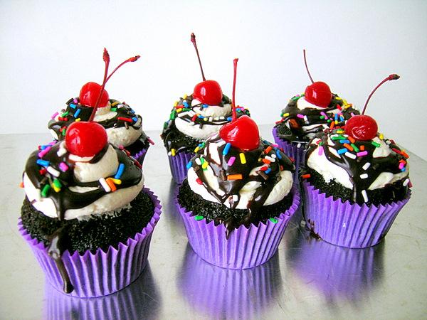 "Ice Cream Sundae Cupcakes. Image by <a href=""https://flic.kr/p/75UWxG"" target=""_blank""> jamieanne/flickr</a>"