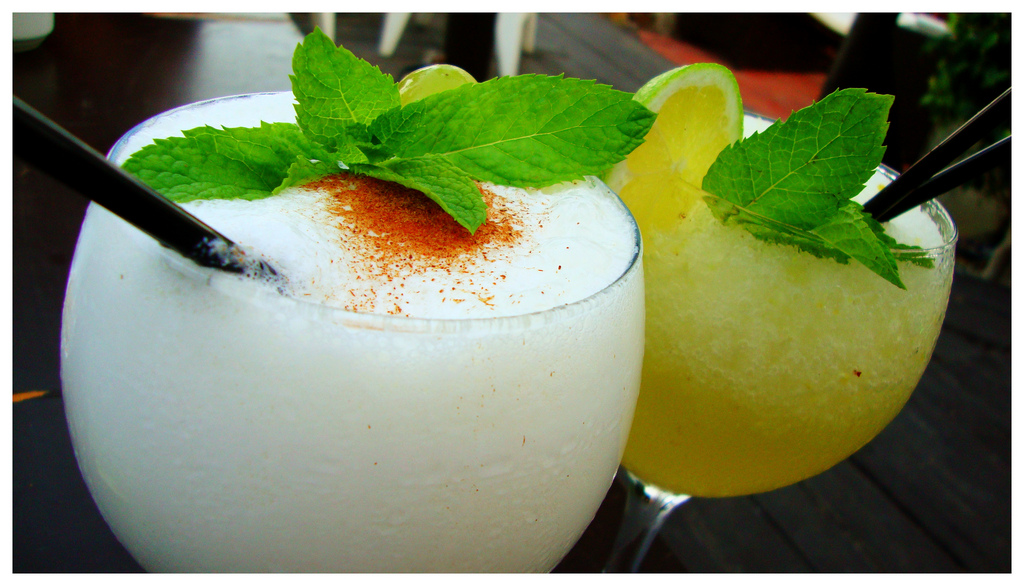 """Cocktails. Image by <a href=""""https://flic.kr/p/boAycx"""" target=""""_blank"""">David Kenny/flickr</a>"""