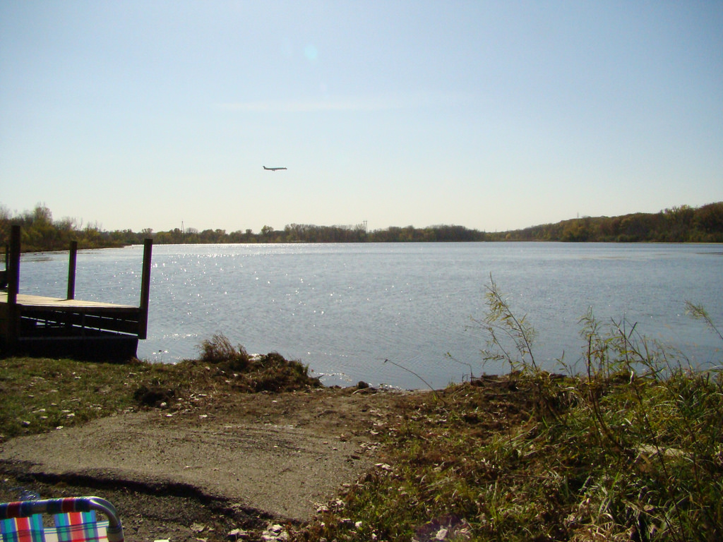 "Banks of Snelling Lake. Image by <a href=""https://flic.kr/p/8Xmsqn"" target=""_blank"">MN Photos/flickr</a>"