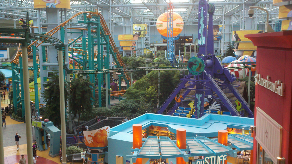 "Nickelodeon Universe. Image by <a href=""https://flic.kr/p/af7ydp"" target=""_blank"">Benjamin Kabak/flickr</a>"