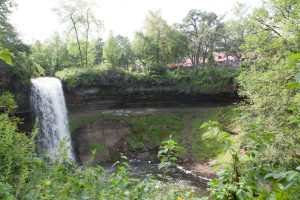 Photo of Minnehaha Falls in the springtime