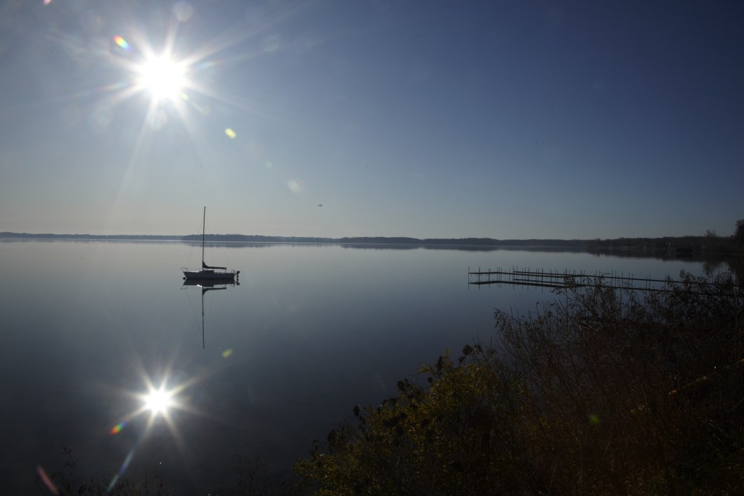 Boat on Lake Minnetonka. Image by Todd Buchanan/Greenspring Media